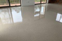 concrete-coating-epoxy-flake-flooring-03
