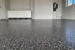 epoxy-flake-flooring-03